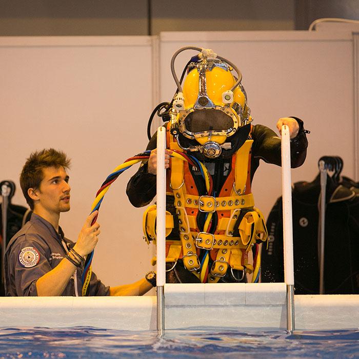 Baptêmes de plongée en scaphandre moderne