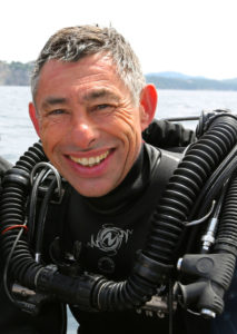 François SARANO sur le stand AWATEHA K07