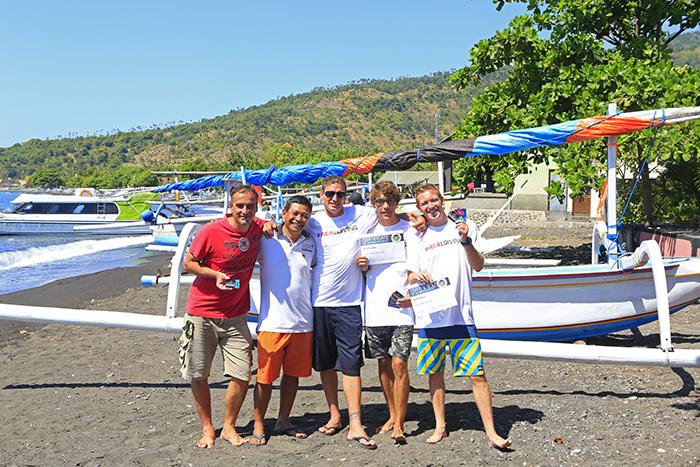 Cours d'instructeur de plongée en internship