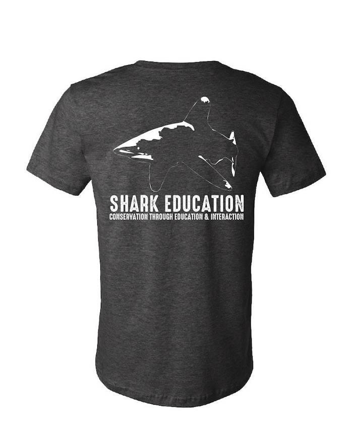 T-shirt Shark Education / Mokarran édition Salon 2020
